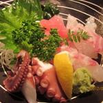 海鮮料理 魚盛 - お造り三種盛り~