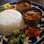Hubachar - 友人妻の2種盛り(エビの南インド風&ヒヨコ豆のカレー)