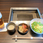 """Yakinikuushigoro - 生ビールとランチセット""""特選"""""""