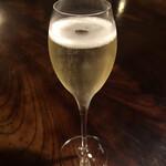 Yamazatoryouribudouya - 安心院スパークリングワイン