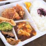 中華食房 チャングイ - 料理写真:お弁当700円