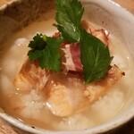 ランタン - 鮭ハラスとイクラのお茶漬け(680円)