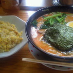 らーめん太郎 - 半チャーハンと担々麺セット 1,000円