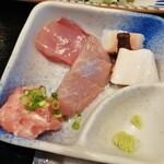 魚と酒 はなたれ - 刺身4種(カツオ、タコ、サワラ、ネギトロ)