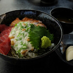 博多割烹 州二郎 - 海鮮おまぜ丼 750円