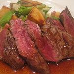 1351619 - メイン、牛ヒレ肉の網焼きステーキ