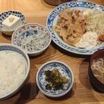 ムスブ田町魚金 -