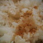 麺処 と市 - ごはん(自家製おかか)