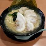 横浜家系ラーメン こめよし家 - 料理写真:チャーシューメン  (醤油)