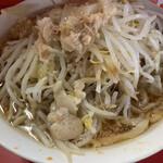 ラーメン二郎 - 今日の小、麺少なめ