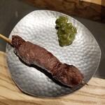 shigi39 - 和牛イチボ串 380円