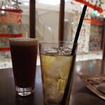 塊 ミートバル - レッドアイとジャスミン茶
