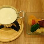 135115368 - オリジナルチーズフォンデュサラダ・クラシックラクレット