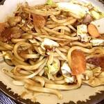 みくら - 料理写真:見た目からパンチのある味噌焼うどん