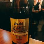 紅とん - アサヒ  プレミアム熟撰  大瓶 590円