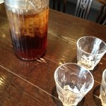 ピソリーノ - ドリンク写真:烏龍茶飲み放題つきなのもありがたいです。