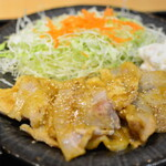 肉屋食堂 - 庄内豚えごま味噌漬け定食