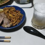 五福星 - 晩酌は焼きそばと焼豚と大人のかき氷(トリスクラシック+かき氷)で
