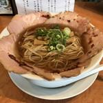 135158629 - チャーシュー麺 800円                       麺大盛 100円