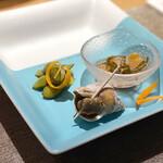 Kitashinchisushitsuu - 磯つぶ貝の旨煮、松前漬け、だだちゃ豆の醤油漬け