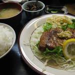 明石焼梅鉢 - 料理写真:ロースソテー定食650円