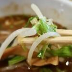 香味徳  - 魚介牛骨つけ麺・大盛(850円)