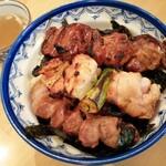 135161923 - 焼き鳥丼