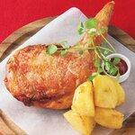小鍋とかしわ 華まる - みつせ鶏のケイジャンスパイス焼