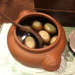 秋 - 卓上サービスの煮卵