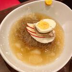 とん豚テジ - 【冷麺 \980】