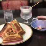 珈琲のシャポー - Cホットサンドセット¥1,000