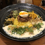SPICY CURRY 魯珈 - 「ろかプレート 限定冷や汁カレー」1150円