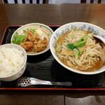 八宝菜館 - 料理写真: