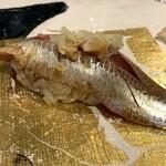 第三春美鮨 - 真鰯 88g 中羽 巻き網漁 大阪府岸和田