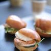 ゴー ブリング スライダー - 料理写真:ちっちゃなハンバーガー「スライダー」です