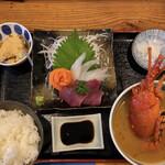 海鮮料理 中村 - 料理写真:日替りランチ(¥1500税別) 木曜日は伊勢海老の味噌汁です!
