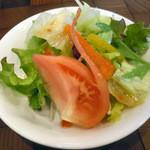 ういるびー - 「焼きカレー(サラダ付き)」サラダ