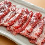 肉の佐藤 ジンギスカンとラムしゃぶ店 - 肩ロース生肉