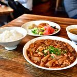 シャンウェイ - ランチ 麻婆豆腐定食@890円