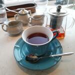 鉄板焼き 七里ガ浜 - 紅茶(ダージリン)