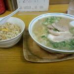 ふくちゃんラーメン - 焼きめし定食 \800