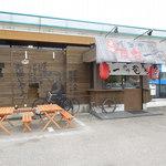 元祖博多中洲屋台ラーメン 一竜 - 入口付近
