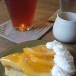 ティールーム 紅茶の森 - オレンジタルト