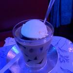 喫茶 ソワレ - ゼリーコーヒーフロート   850円
