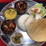 ヒマラヤンネパール食堂 - ネパーリカナセット