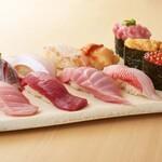 スーパー回転寿司 やまと - 料理写真:板さんおまかせ握り