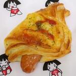 金太郎パン - ウインナーデニッシュ(206円)