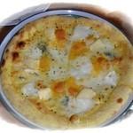バックシュトゥーベ - 四種のチーズ pizza