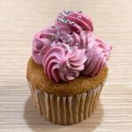 小菓子 いとまに - 料理写真:ラズベリーカップケーキ