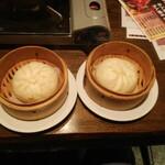 つぼ吉 - 肉まん2個